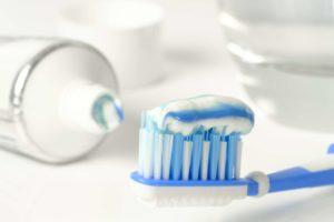 Pobór próbek pasty do zębów